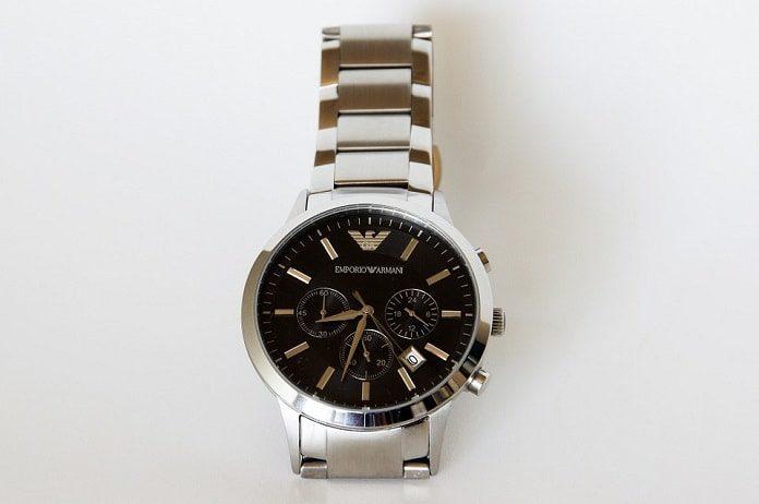 cómo saber si un reloj es falso